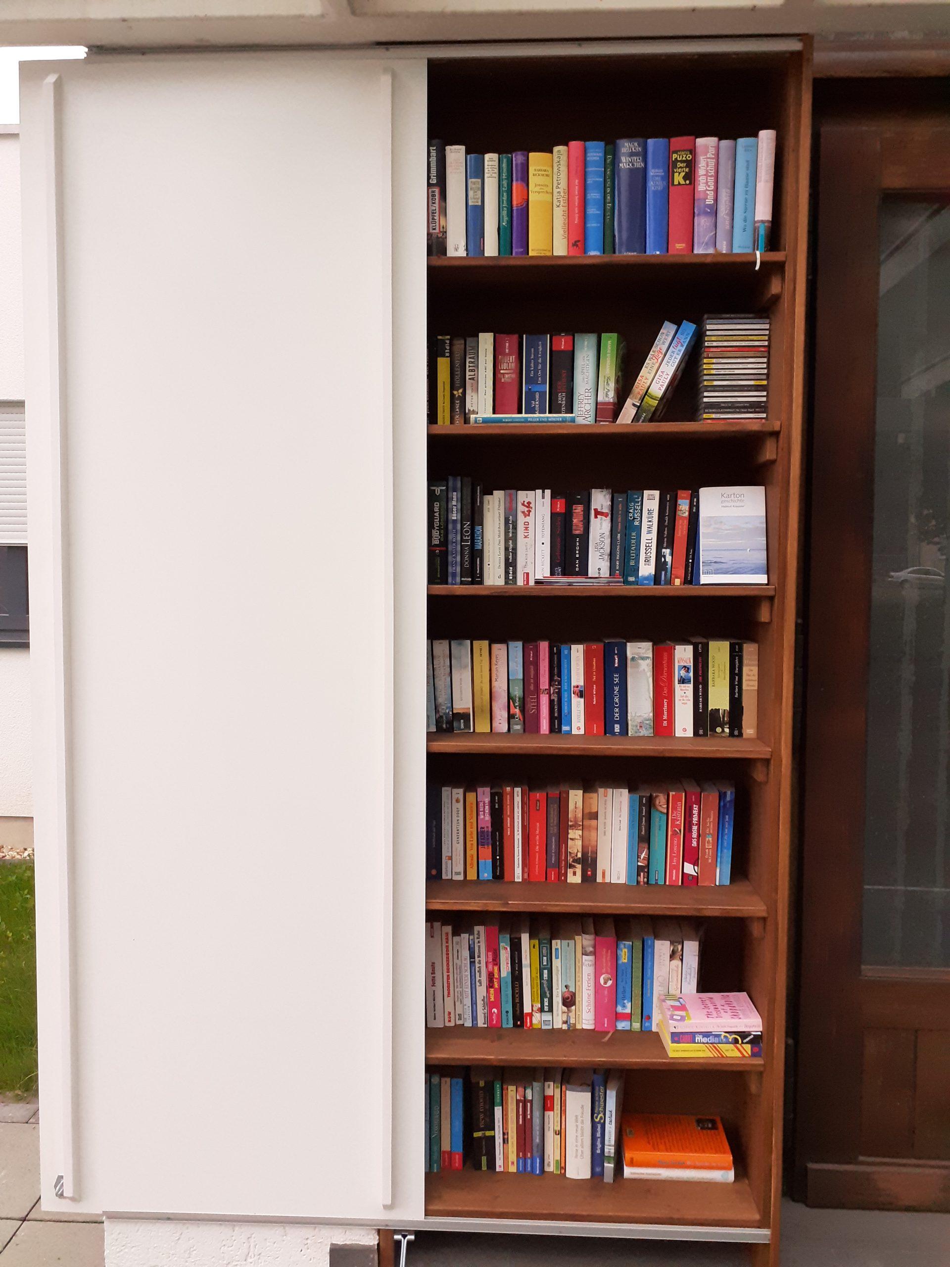 Offenes Bücherregal in Ostheim – neu und gut sortiert!